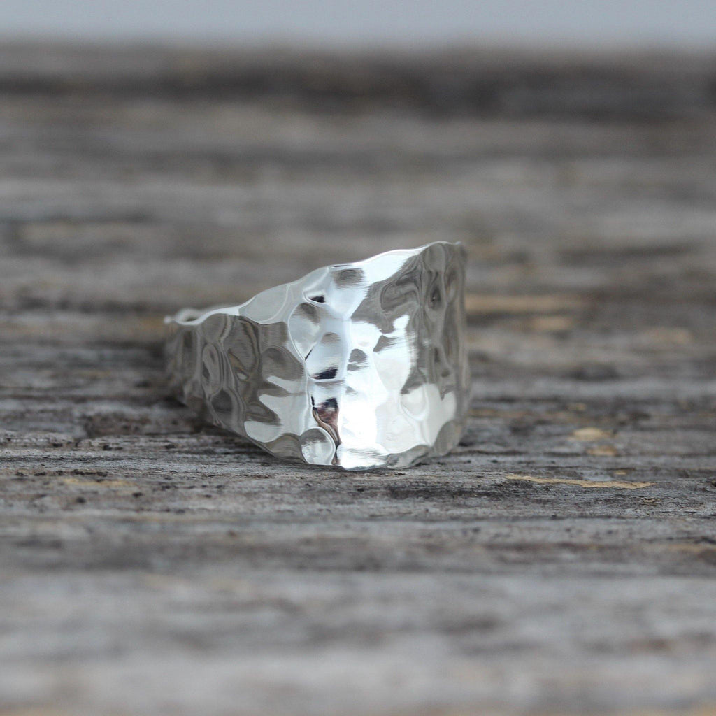 GIGI DESIGNS Sterling Silver 925 Modern Contemporary Hammered Beaten Wide Ring
