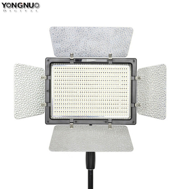 YONGNUO YN900 High CRI 95+ Wireless 3200K-5500K LED Video Light Panel,YN-900 900 Lamp Beans 7200LM 54W