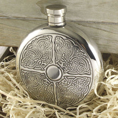 6oz Traditional Round Pewter Flask With Celtic Knot Design