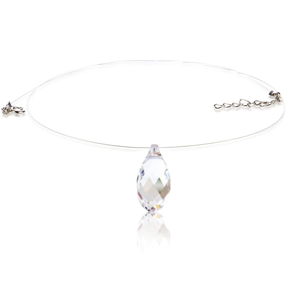 Collier fil transparent