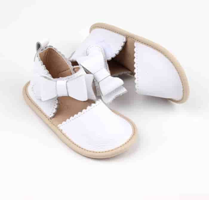 White leather baby bow sandals