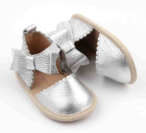 Silver Scallop Trim Bow Sandals (rubber sole) cover toe