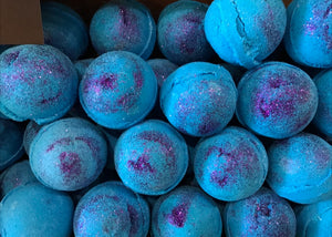 Bath bombs 4 for $18. Choose your scent NEW