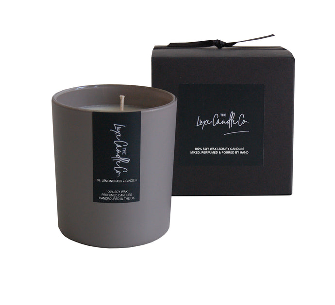 SCENTED CANDLE . LEMONGRASS + GINGER . GREY