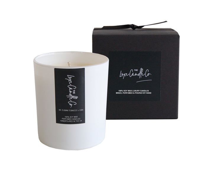 SCENTED CANDLE . TOBACCO OAK + VANILLA BEAN . WHITE