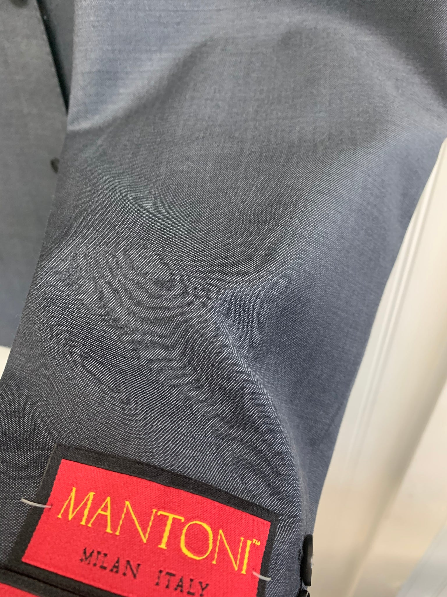 Mantoni Super 140 Wool Suit- 78200-2 (Medium Gray Sharkskin)