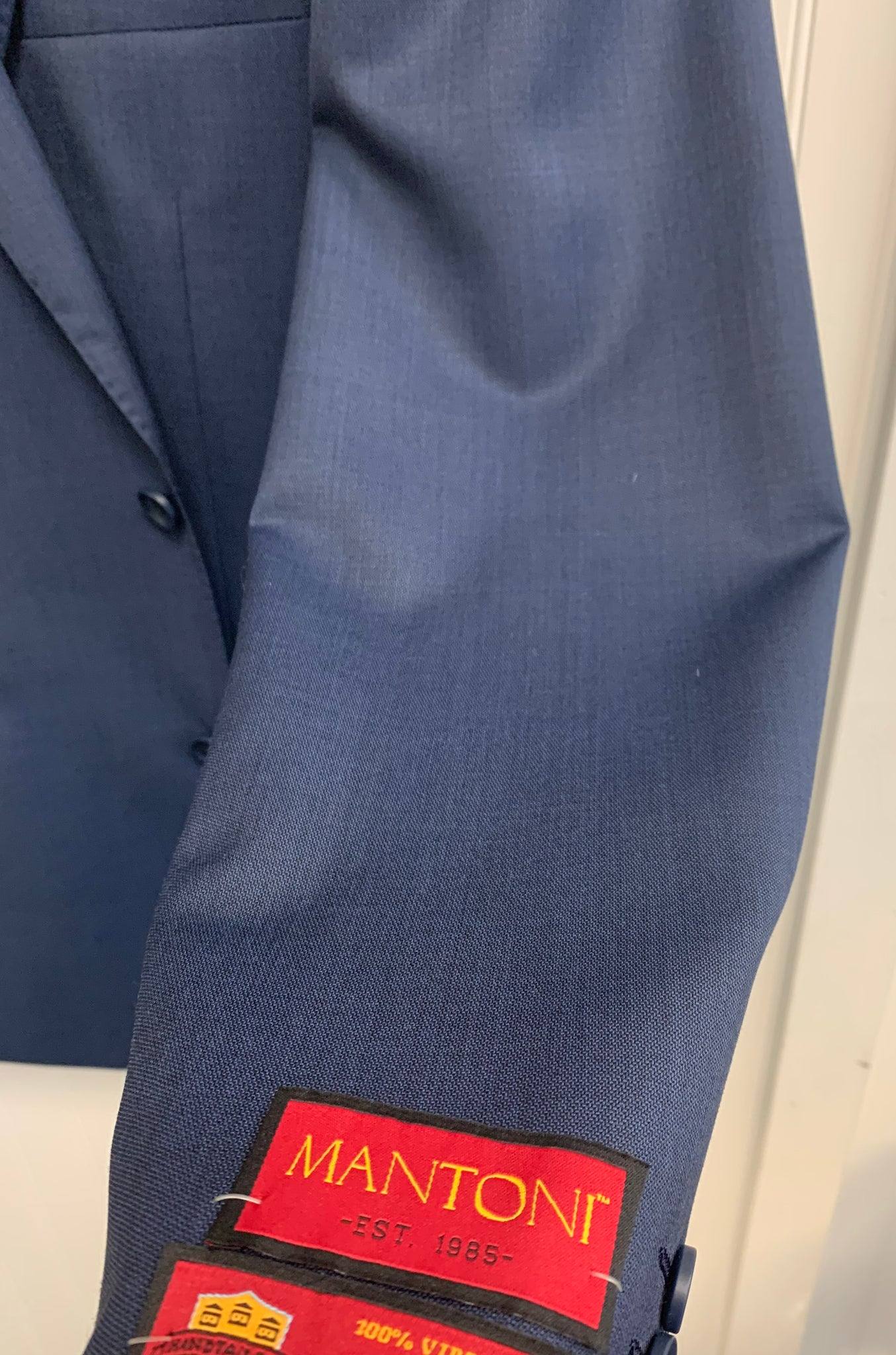 Mantoni Super 140 Wool Suit- 87158-1 (Textured Blue)
