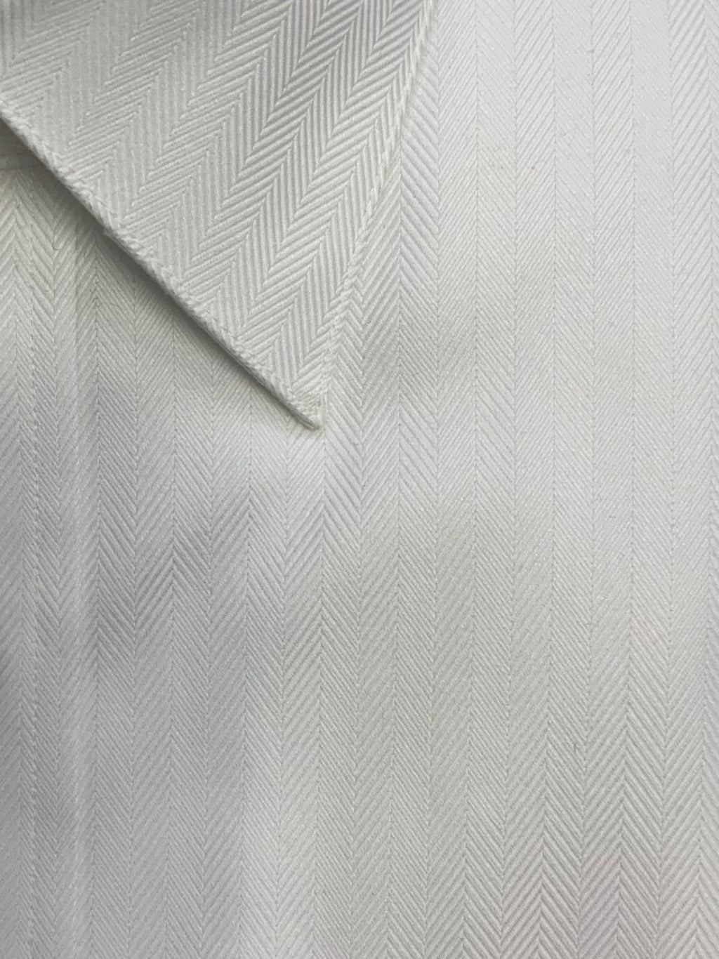 Giovanni's Herringbone Modified Spread Dress Shirt - White-01