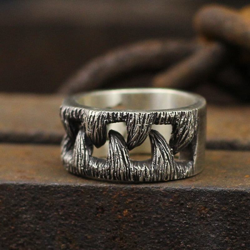 Wolf Teeth Ring