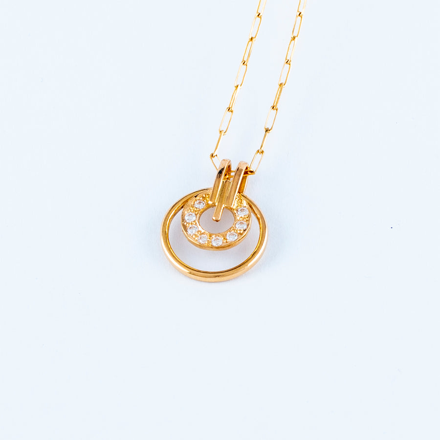 22KT YELLOW GOLD STONE STUDDED PENDANT (PE0000091)