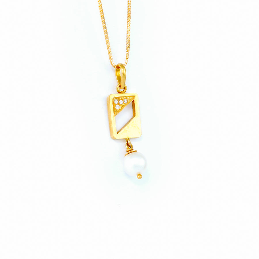 22KT YELLOW GOLD PEARL PENDANT (PE0000835)
