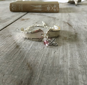Del Mar Spoon Link Bracelet with pink beads an pewter cross charm