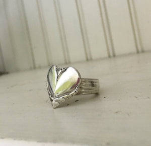 Spoon Ring Heart Shape Size 8 William Rogers Avalon