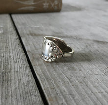 Spoon Ring Size 10 Holmes and Edwards Unique