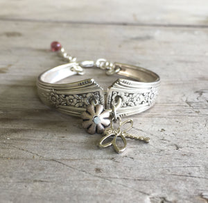 Spoon Bracelet Community Fortune with Dragonfly Charm