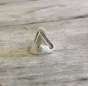 Sppon Ring in the Cuff Ring Self Wrap Design