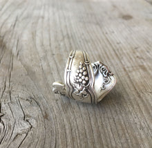 Spoon Ring Coil Wrap - GRAPES - VINTAGE