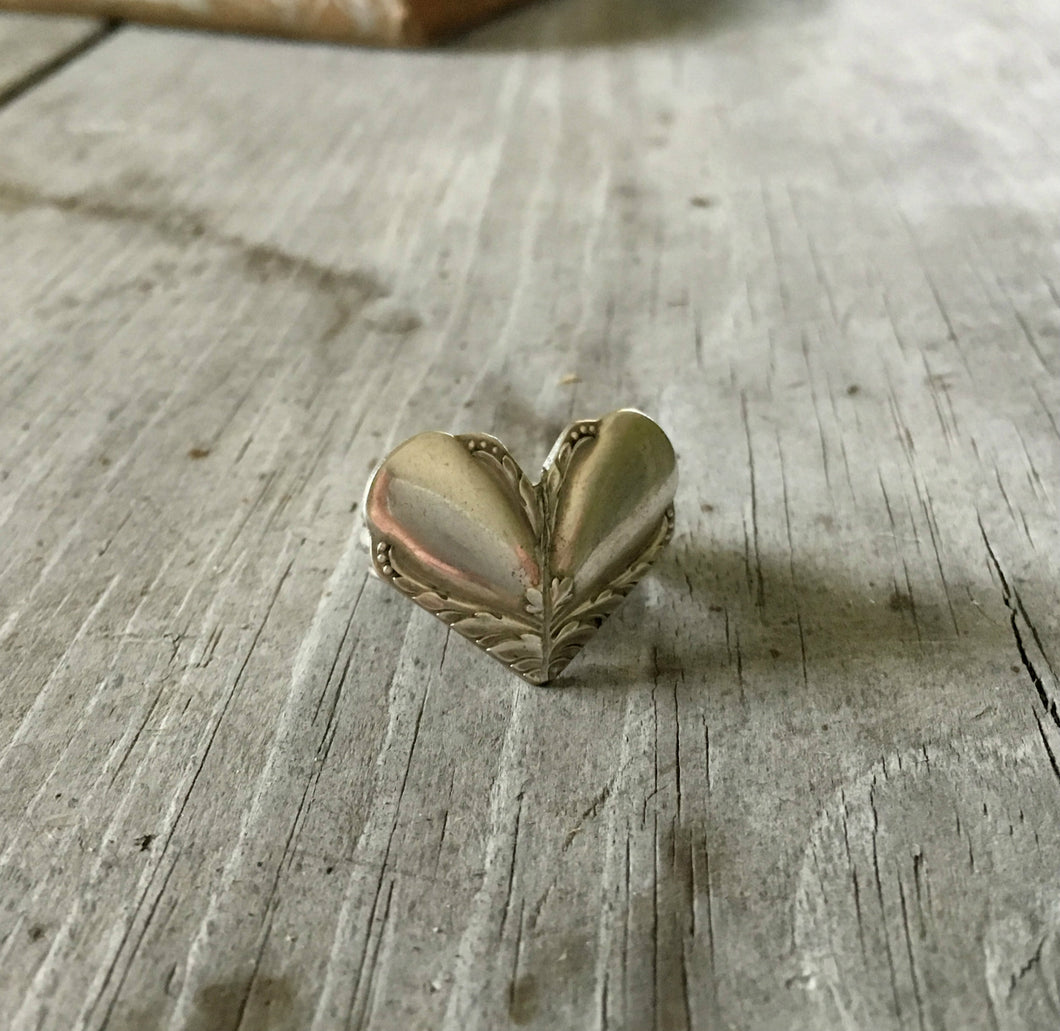 Spoon Ring Heart Shaped Hiawatha Size 7 3523