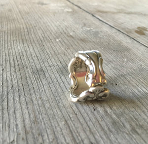 Spoon Ring Modern Baroque Size 8 Oneida 3912 Vertical View