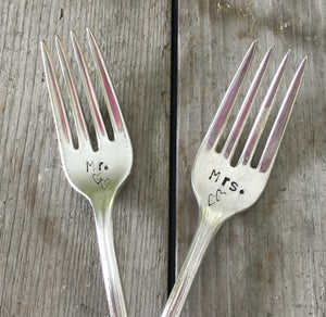 Wedding Forks – ETERNALLY YOURS – MR. MRS. – #3275