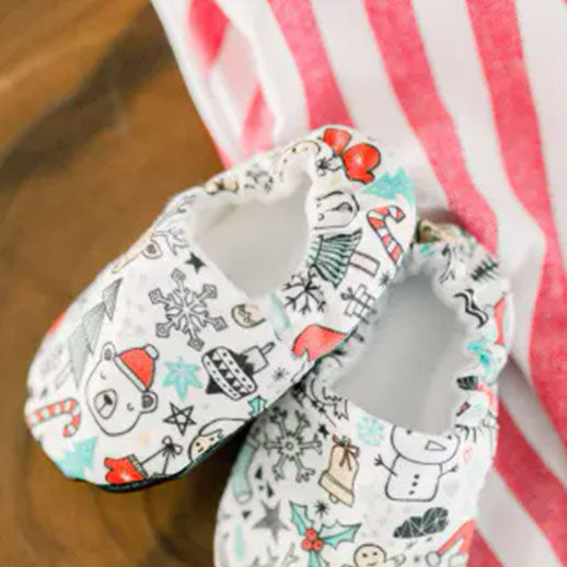 Pair of Winter Doodle Organic Baby Shoes Moccs with Christmas theme by Weepereas
