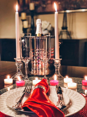 Image of romantic dinner for two, romantic decorations, christmas gifts for couples, anniversary gifts for her, anniversary gifts for couples, rose petals for a romantic night