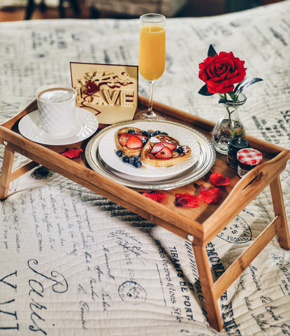 Image of romantic breakfast in bed idea for anniversary gifts