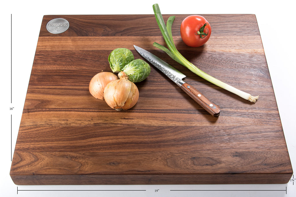 Walnut cutting board (edge-grain)