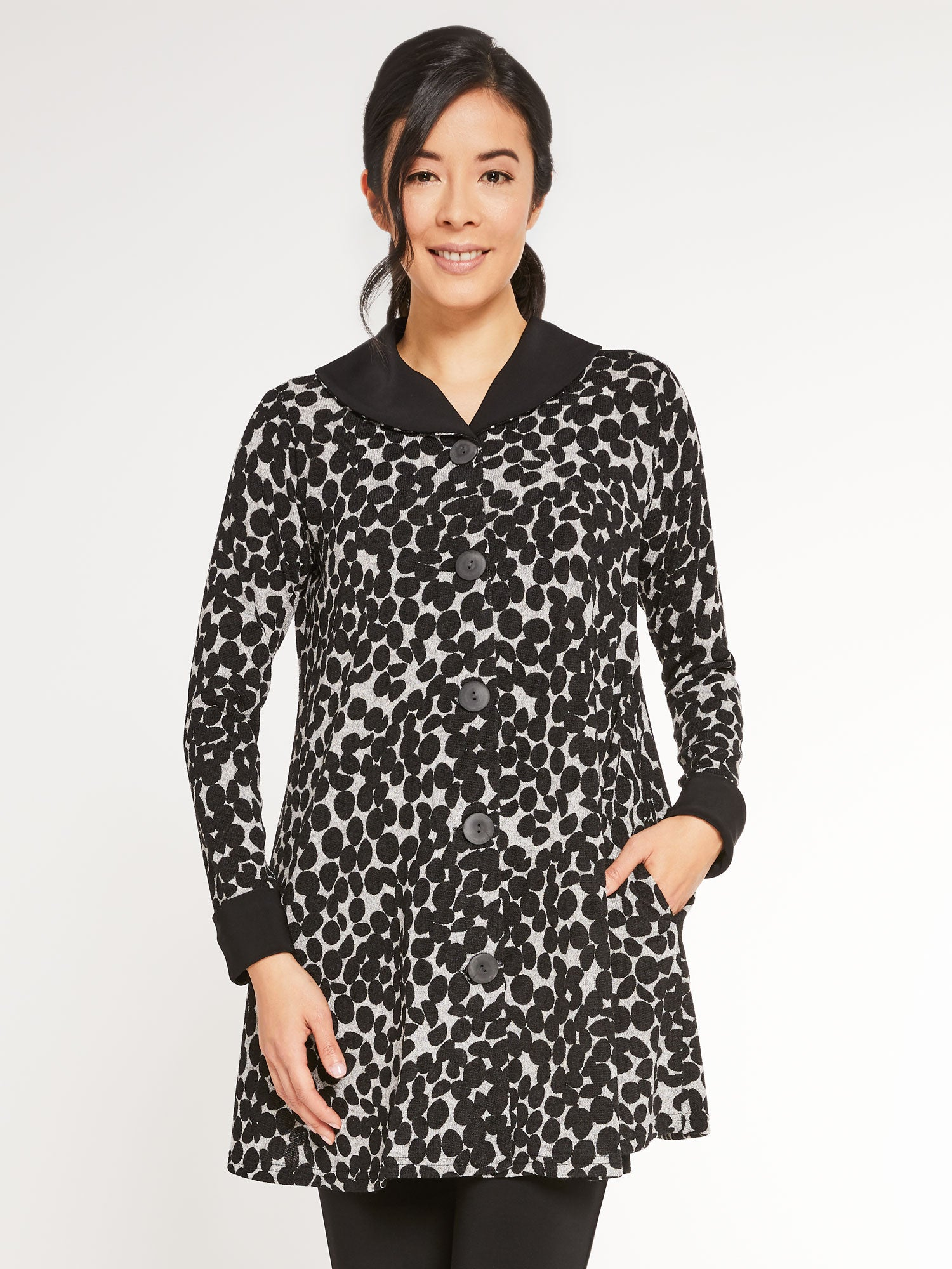 Sympli 2021, K7521D On The Dot Swing Coat