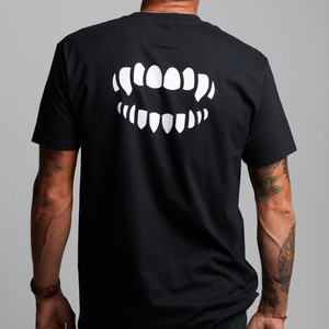 Chomp Logo Tee [BLACK]