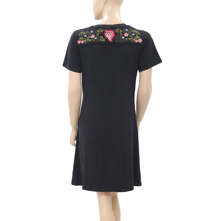 New Caite Floral Embroidered Black V Neck Boho Tunic Dress Medium M