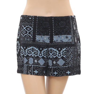 New Ecote Urban Outfitters Embroidered Zipper Cropped Shorts Medium M