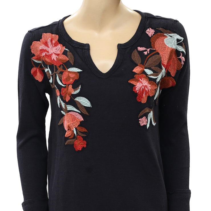 Soft Surroundings Thermal Floral Embroidered Black Tunic Top M