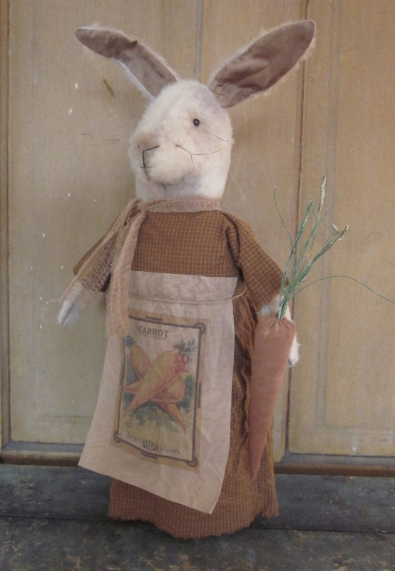 Carolyn Primitive Stump Bunny