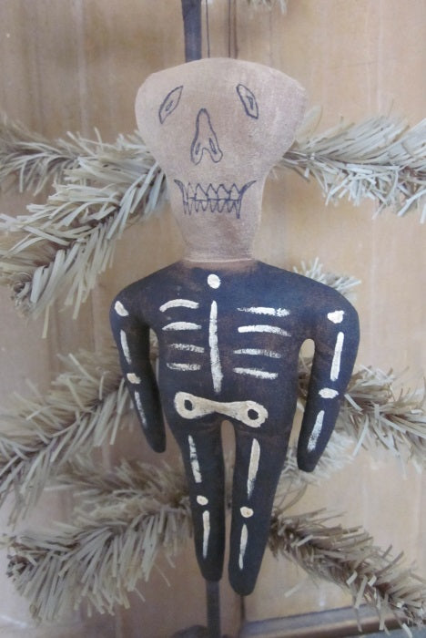 Skully Ornament