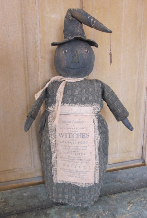 Vanessa Primitive Stump Witch Doll