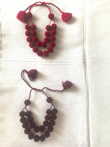 Pom Pom necklace - colibrilove