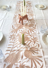 Otomi Table Runner (Solid color) - colibrilove