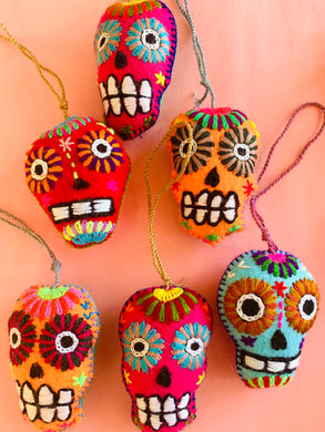 Day of the dead pom pom
