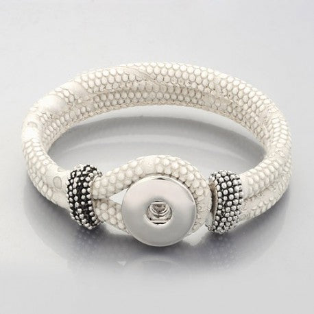 White Leather Single Chunk Charm Bracelet. For Snap Button Chunk Charms.