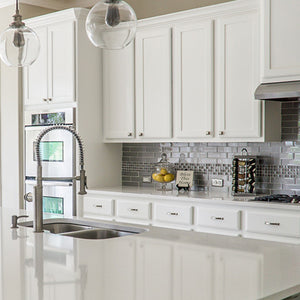 Ways to Make a White Kitchen Pop
