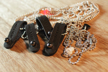 Black h&h Loop Necklace