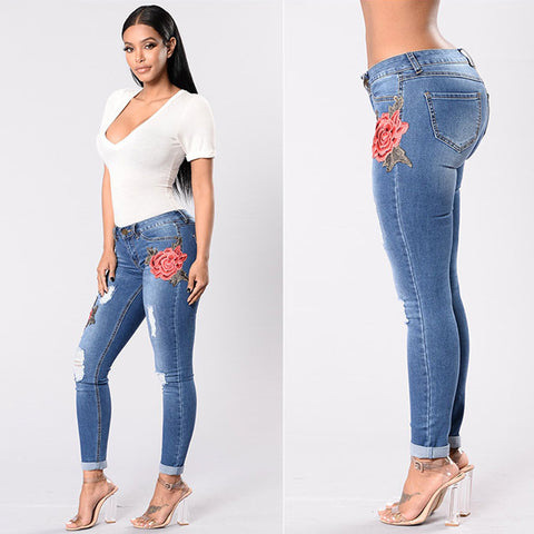 Lady Bee Embroidery Jeans - Blue - uzoic