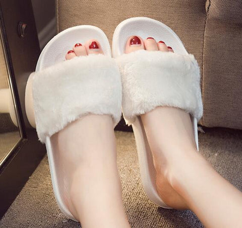 Faux Fur Slides - uzoic