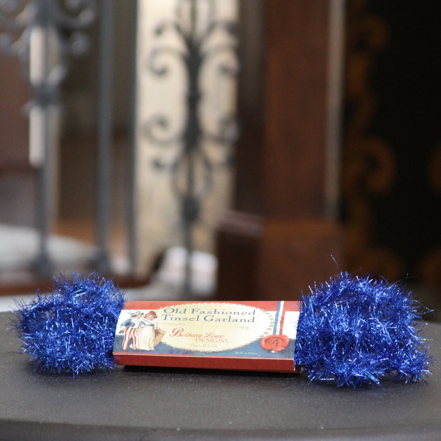 Old-Fashioned Tinsel Garland, Blue