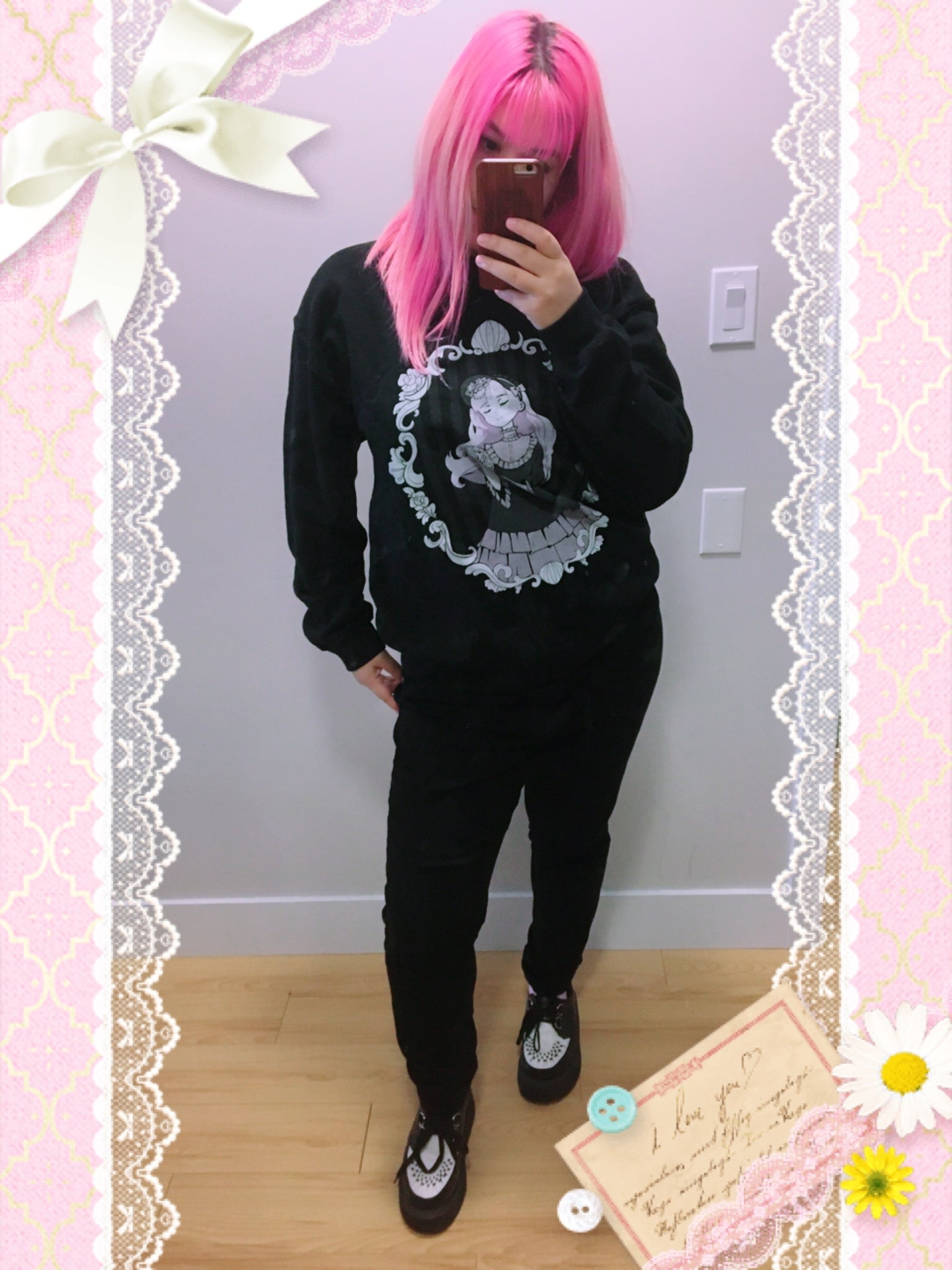 Milly Shapiro x Fawnbomb MIRROR Sweater (Black) - peachiieshop