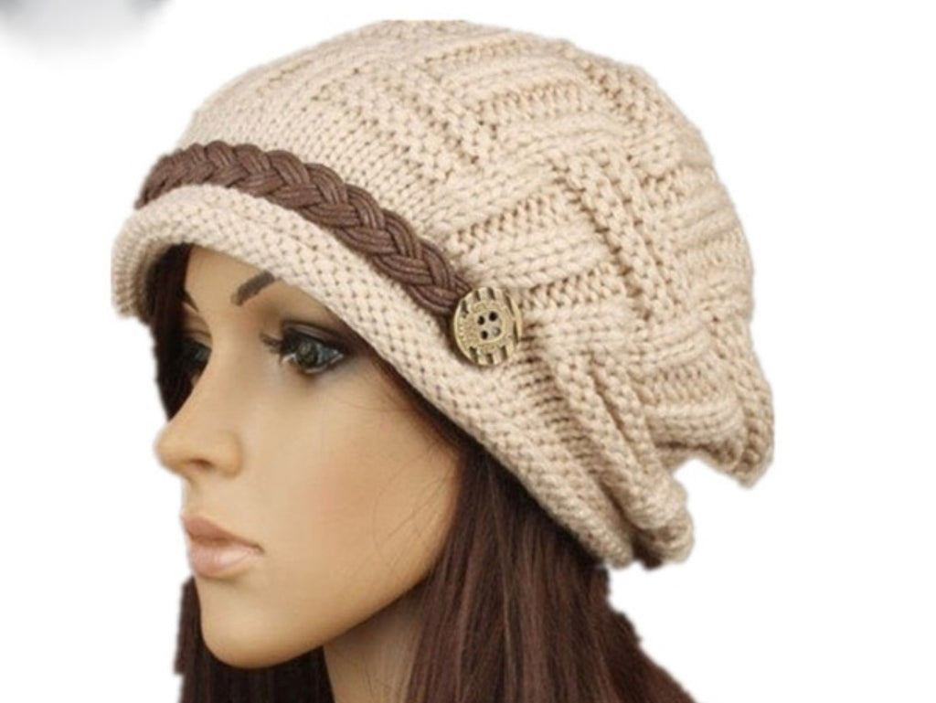 Women's Knitted Beanie Hat - Beige