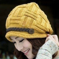 Women's Knitted Beanie Hat - Yellow
