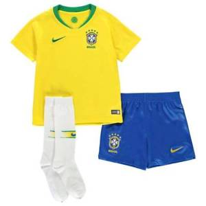 Brazil | Kids | Home Kit 17/18