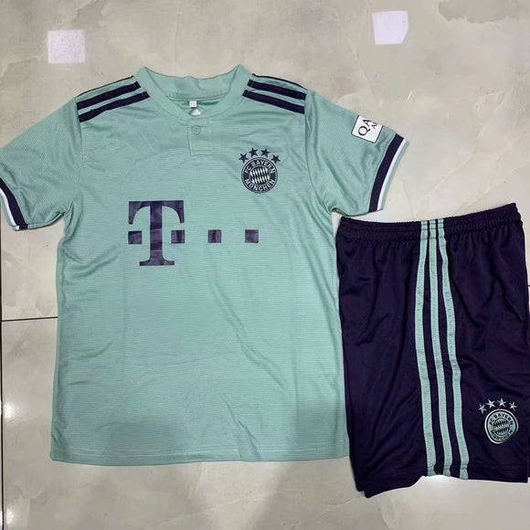 Bayern | Kids | Away Kit 18/19